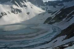 lago-portette-ghiacciato